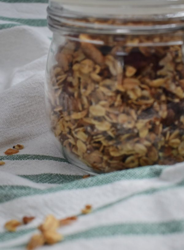 Addicting (Healthy) Maple Pecan Granola