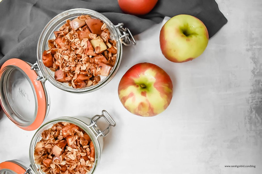 Apple Pie Overnight Oats (Gluten Free).jpg